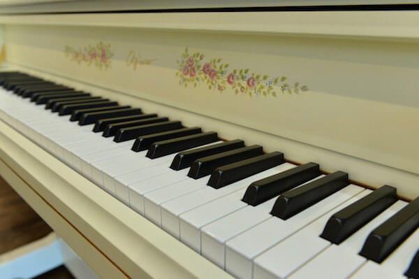 デザインピアノ CECILIA〜くちびるに歌をMODEL〜